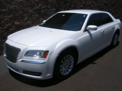 Tucson Airport transport w/ Chrysler 300 or Lincoln MKT